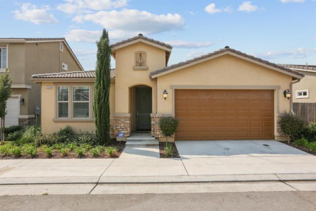 2039 E Makenna, Fresno, CA 93730 (#140424) :: The Jillian Bos Team