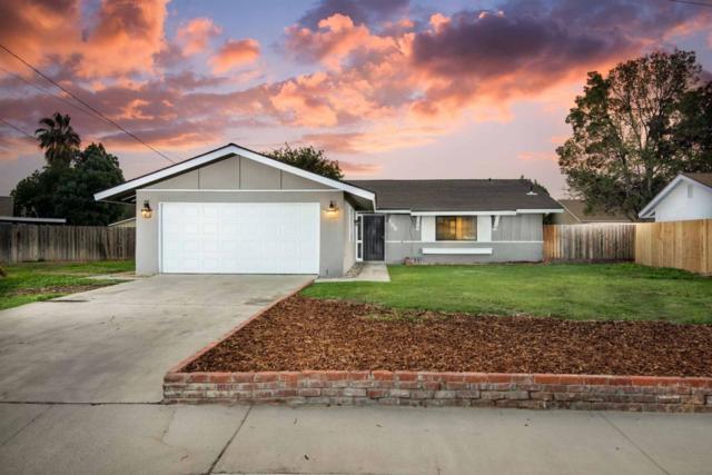 155 Lum Drive, Lemoore, CA 93245 (#140435) :: Robyn Graham & Associates