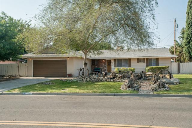 175 E Birch Avenue, Hanford, CA 93230 (#140474) :: Robyn Graham & Associates