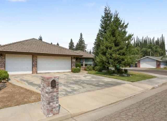 1385 N Lindale Place, Porterville, CA 93257 (#140495) :: Robyn Graham & Associates