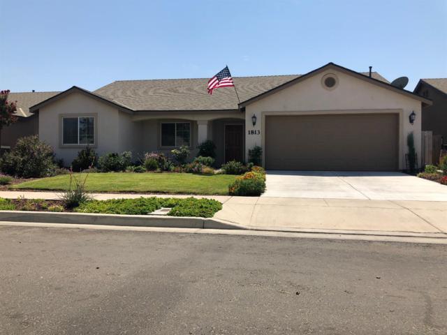 1813 Capistrano Avenue, Tulare, CA 93274 (#140496) :: Robyn Graham & Associates