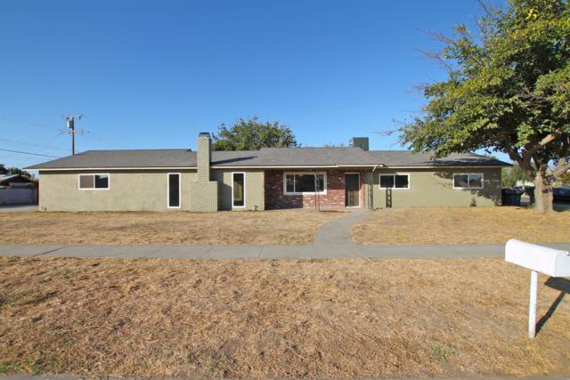 954 Martin Luther King Jr Avenue, Tulare, CA 93274 (#140513) :: Robyn Graham & Associates