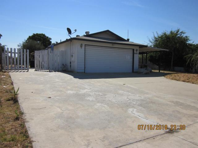 30880 Farr Road, Visalia, CA 93291 (#140516) :: Robyn Graham & Associates