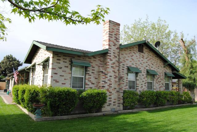 735 W Bush Street, Lemoore, CA 93245 (#140557) :: The Jillian Bos Team