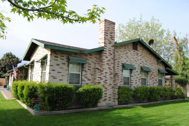 735 W Bush Street, Lemoore, CA 93245 (#140557) :: Robyn Graham & Associates