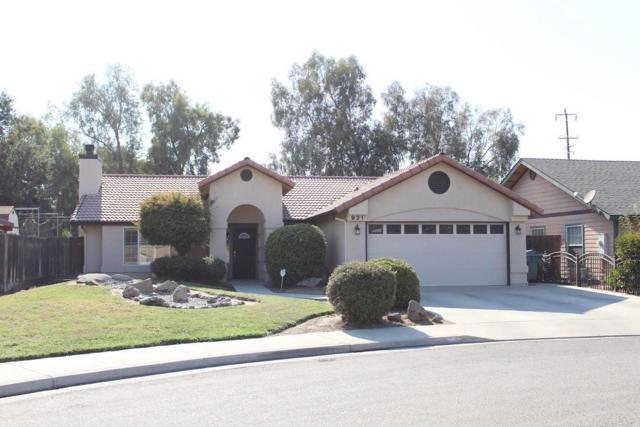 931 N Manzanita Street, Visalia, CA 93292 (#140561) :: Robyn Graham & Associates