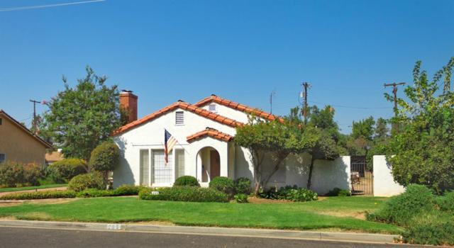 285 N Mckinley Avenue, Dinuba, CA 93618 (#140565) :: Robyn Graham & Associates