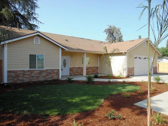 1029 W Whitendale Avenue, Visalia, CA 93277 (#140569) :: Robyn Graham & Associates