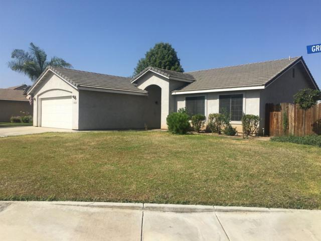 1331 N Greenfield Street, Porterville, CA 93257 (#140623) :: Robyn Graham & Associates