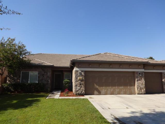 2640 W Glendale Avenue, Visalia, CA 93291 (#140625) :: Robyn Graham & Associates