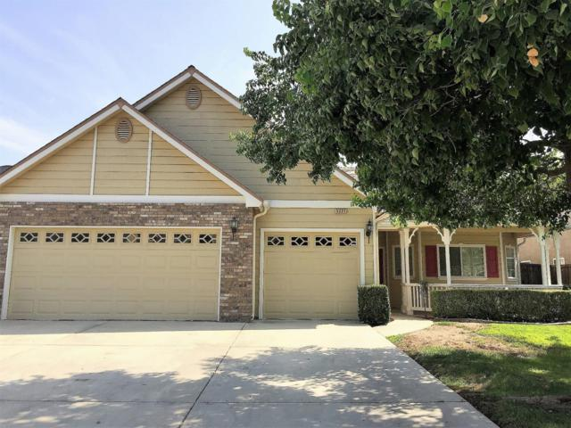 5221 W Oriole Avenue, Visalia, CA 93291 (#140813) :: The Jillian Bos Team