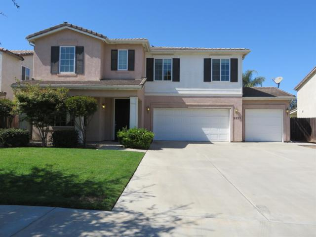 2235 N Tommy Court, Visalia, CA 93291 (#141243) :: The Jillian Bos Team