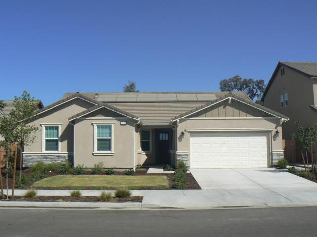 1622 N Mae Carden Street, Visalia, CA 93291 (#141313) :: The Jillian Bos Team