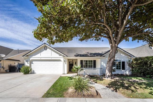 1076 W Saffron Street, Hanford, CA 93230 (#141379) :: The Jillian Bos Team