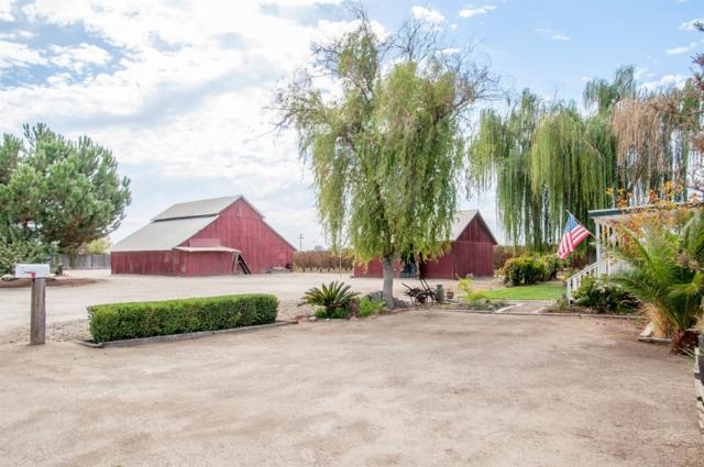 38857 Road 28, Kingsburg, CA 93631 (#141571) :: Robyn Graham & Associates