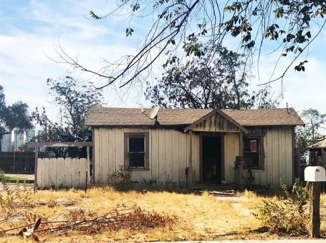 904 S Phillips Street, Hanford, CA 93230 (#141875) :: Robyn Graham & Associates