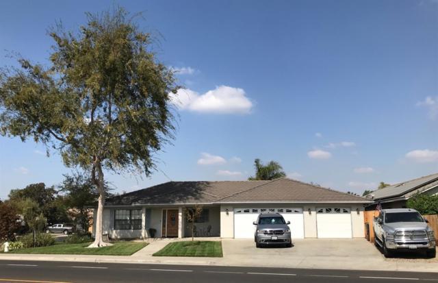 1498 Greenfield Avenue, Hanford, CA 93230 (#141930) :: The Jillian Bos Team