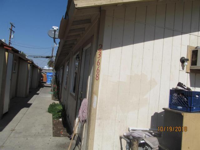 23668 Magnolia Avenue, Terra Bella, CA 93270 (#142063) :: Robyn Graham & Associates