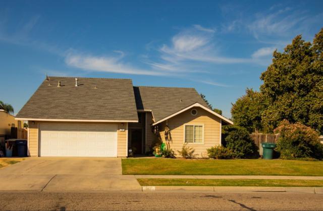 719 Monterey Street, Tulare, CA 93274 (#142136) :: Robyn Graham & Associates