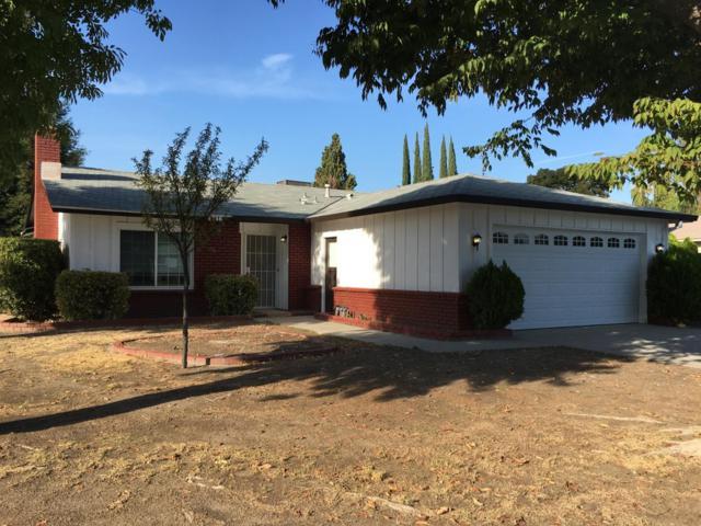 4746 W Paradise Avenue, Visalia, CA 93277 (#142395) :: The Jillian Bos Team