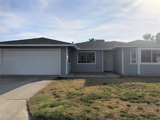 1067 Hayes Way, Hanford, CA 93230 (#142713) :: Robyn Graham & Associates