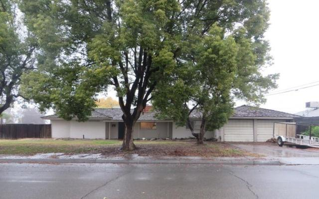 234 W Burlwood Lane, Lemoore, CA 93245 (#142733) :: Robyn Graham & Associates