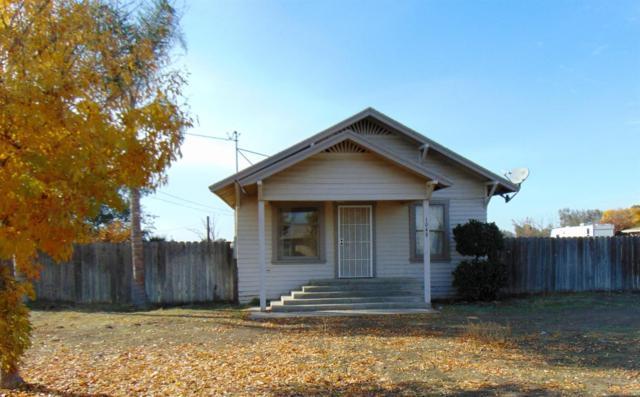 10480 9 1/8 Avenue, Hanford, CA 93230 (#142841) :: Robyn Graham & Associates