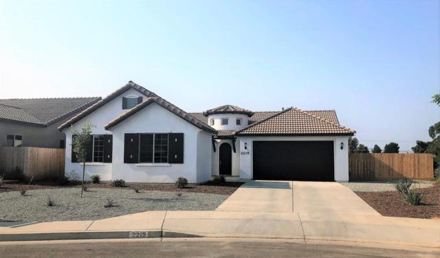 126 W Sequoia Court, Exeter, CA  (#142866) :: Robyn Graham & Associates