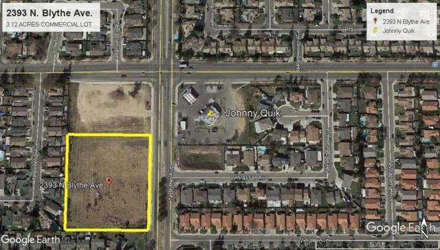 2393 N Blythe Avenue, Fresno, CA 93722 (#142880) :: Robyn Graham & Associates