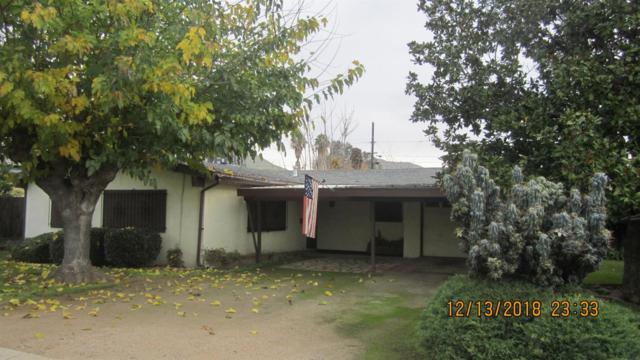 316 N Magnolia Street, Woodlake, CA 93286 (#142983) :: Robyn Graham & Associates