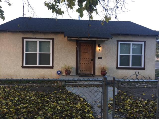 212 W Willow Avenue, Porterville, CA 93257 (#142993) :: Robyn Graham & Associates