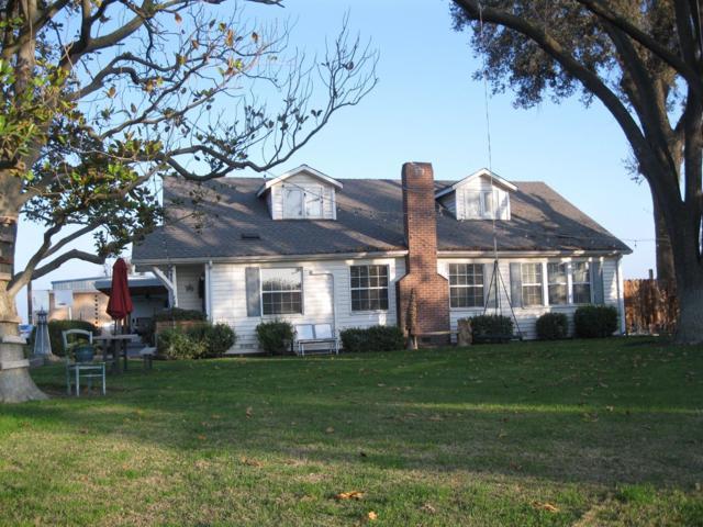 22708 Road 60, Tulare, CA 93274 (#143013) :: Robyn Graham & Associates