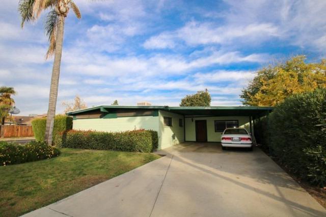 1276 N Pecan Avenue, Reedley, CA 93654 (#143020) :: Robyn Graham & Associates