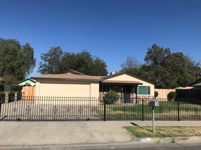 456 N Sacramento, Tulare, CA 93274 (#143074) :: Robyn Graham & Associates