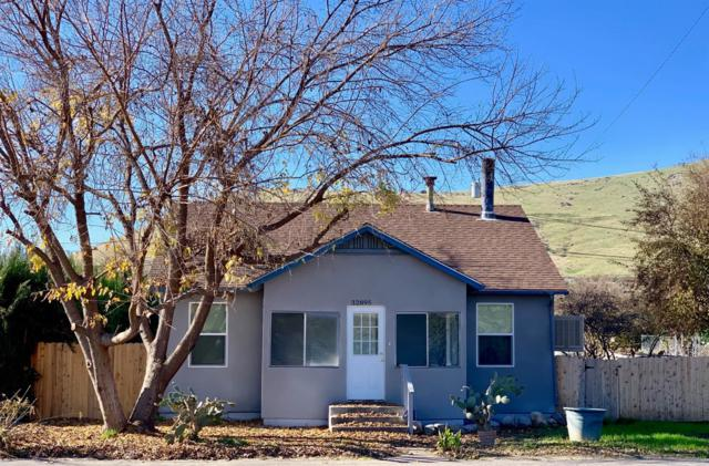 32895 Sierra Drive, Lemon Cove, CA 93244 (#143281) :: The Jillian Bos Team