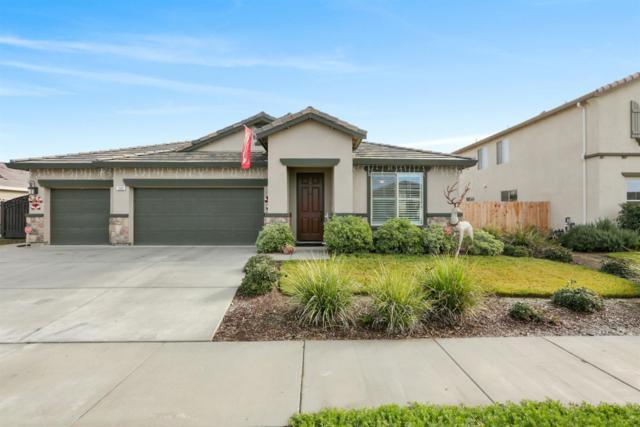 2106 N Silvervale Court, Visalia, CA 93291 (#143432) :: Robyn Graham & Associates