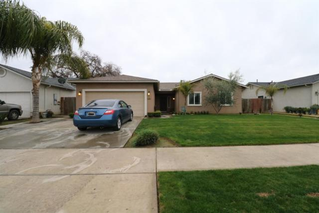225 E Riverbend Court, Visalia, CA 93291 (#143584) :: The Jillian Bos Team