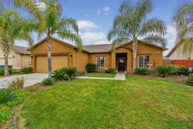 1479 San Antonio Avenue, Dinuba, CA 93618 (#143605) :: Robyn Graham & Associates