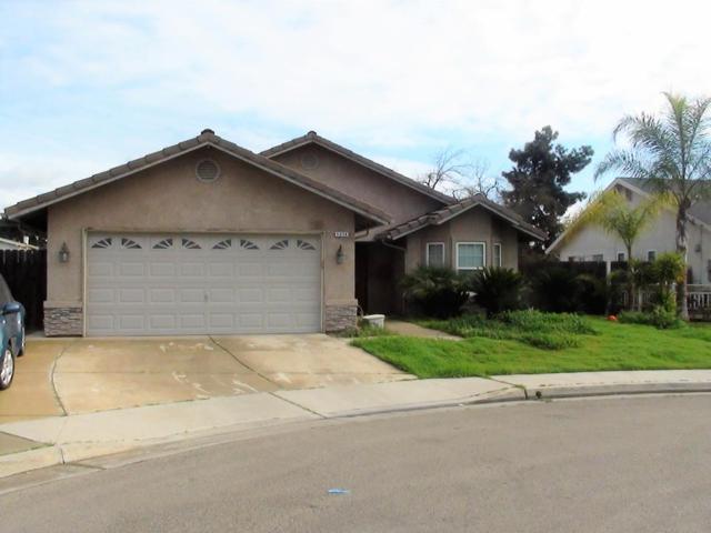 1274 Brent Road, Dinuba, CA 93618 (#143689) :: The Jillian Bos Team