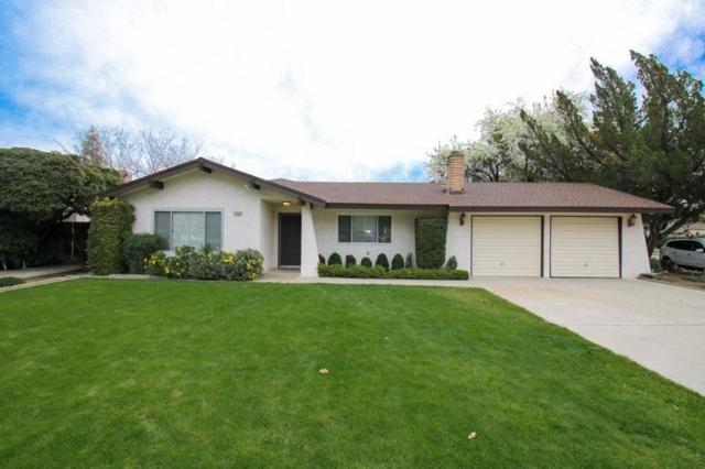 1486 S Reed Avenue, Reedley, CA 93654 (#144265) :: The Jillian Bos Team