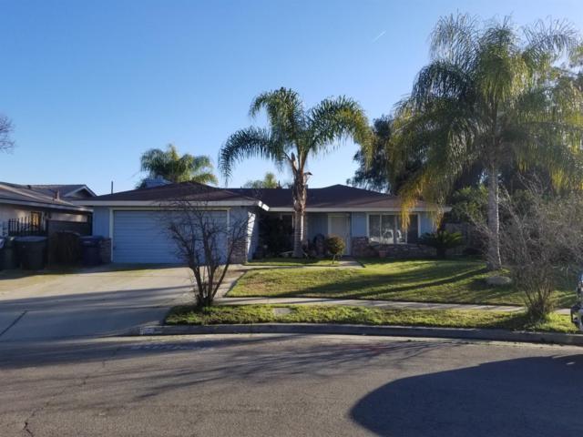 1249 W Hayward Avenue, Tulare, CA 93274 (#144331) :: The Jillian Bos Team