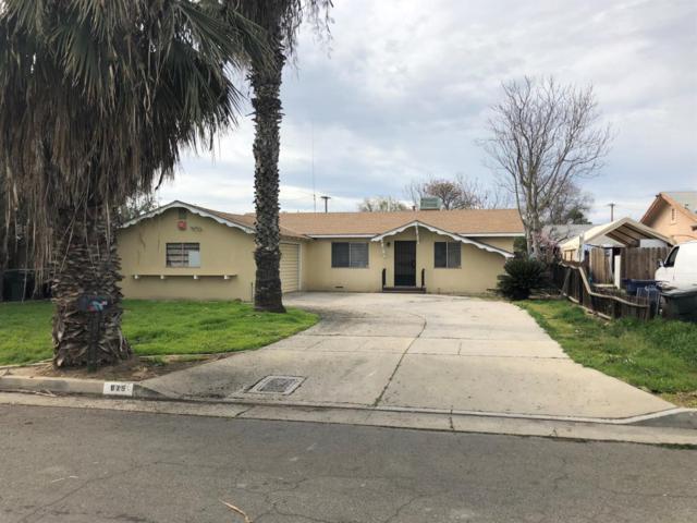 875 N F Street, Tulare, CA 93274 (#144525) :: The Jillian Bos Team