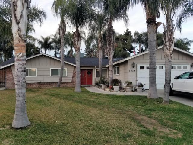 1524 W Whitendale Avenue, Visalia, CA 93277 (#144600) :: The Jillian Bos Team