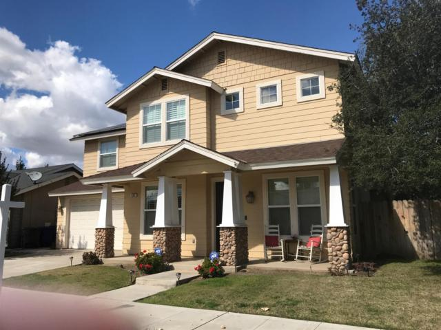 422 W Lilac, Reedley, CA 93654 (#144818) :: The Jillian Bos Team