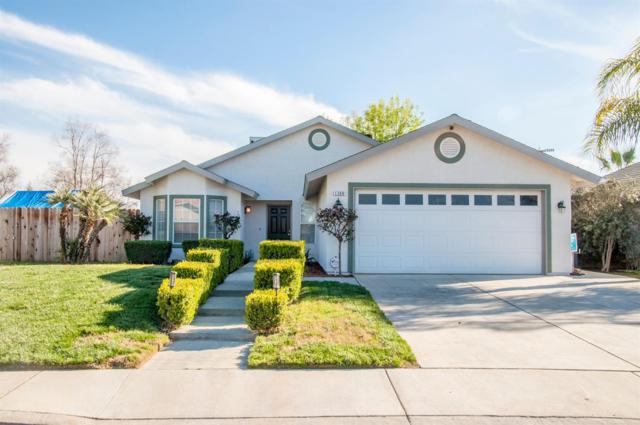 1280 W Pamela Lane, Dinuba, CA 93618 (#144842) :: The Jillian Bos Team