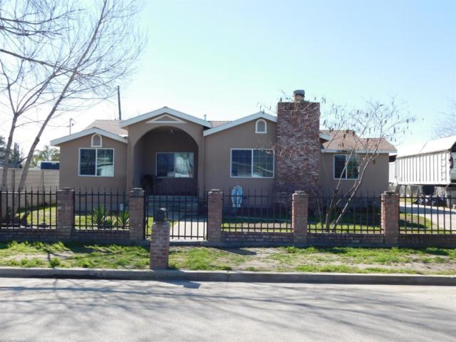 455 W Beacon Avenue, Tulare, CA 93274 (#144864) :: The Jillian Bos Team