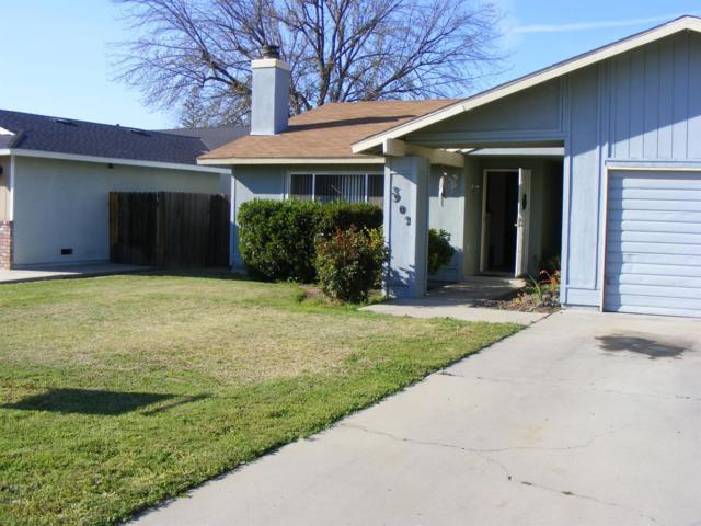 3902 W Howard Avenue, Visalia, CA 93277 (#144936) :: The Jillian Bos Team
