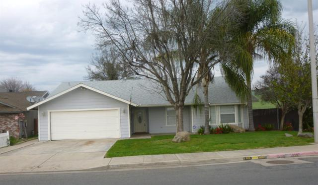 792 E Morton Avenue, Porterville, CA 93257 (#145020) :: Robyn Graham & Associates