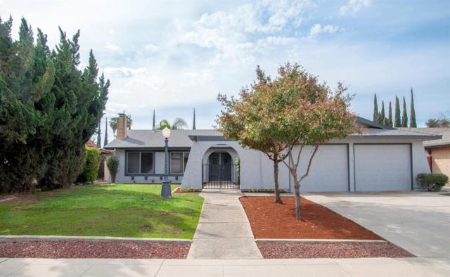 949 W Evergreen Avenue, Visalia, CA 93277 (#145030) :: Robyn Graham & Associates