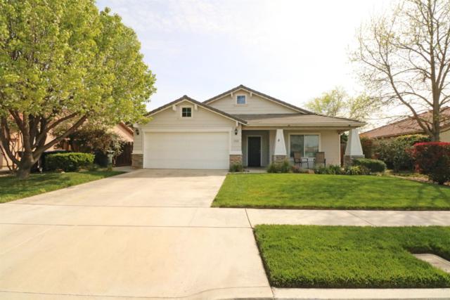 1222 Nelder Grove Street, Tulare, CA 93274 (#145110) :: Robyn Graham & Associates